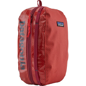 Patagonia Black Hole Cube M catalan coral